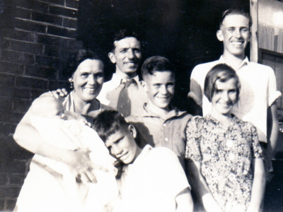 My great-grandmother (left), her husband, and her children, 1932.